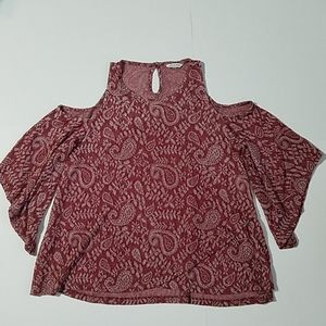 Lucky Brand maroon paisley cold shoulder knit top